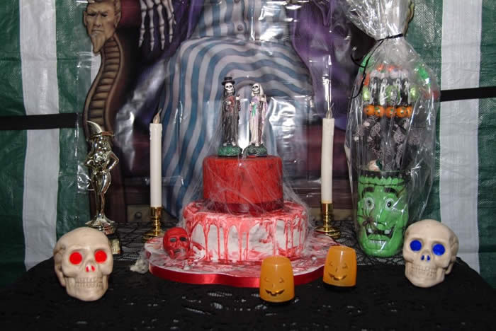 The wedding cake at the Halloween Dead Wedding Party